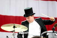 the hives at made in america festival-11