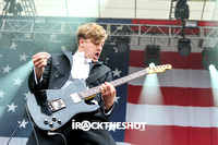the hives at made in america festival-19