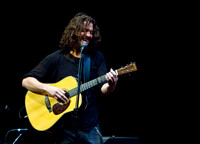 chris cornell at the carnegie  hall-6