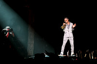 macklemore-and-ryan-lewis-at-the-theater-at-madison-square-garden-14