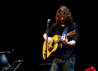 chris cornell at the carnegie  hall-2