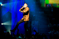 macklemore-and-ryan-lewis-at-the-theater-at-madison-square-garden-4