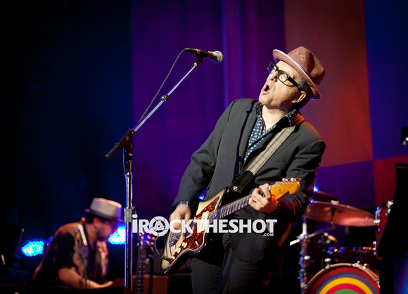 elvis costello at the wellmont-2