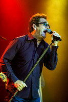 huey-lewis-at-irving-plaza-15